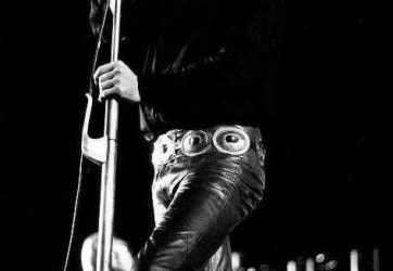 Dress Like a Rock Star by Sporting Leather Pants